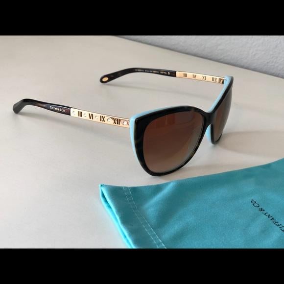 69c0c73d9a4 Tiffany Atlas Cat Eye Sunglasses. M 5a73a4c2c9fcdf5edac17a25